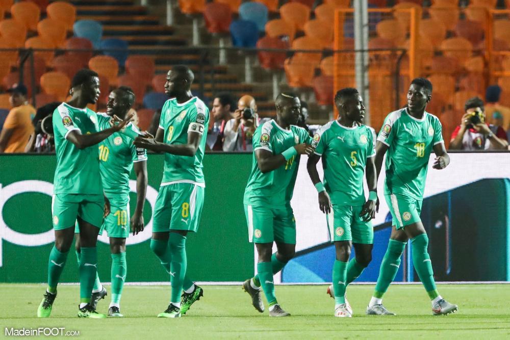Le Sénégal s'est qualifié pour les quarts en dominant l'Ouganda (1-0).