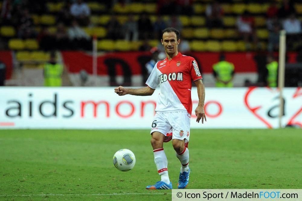 Ricardo Carvalho prolonge d'une année avec Monaco.