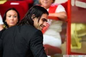 Radamel Falcao (AS Monaco) sera éloigné des terrains pendant plusieurs semaines.