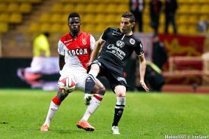 Le prêt Elderson Echiejile (AS Monaco) au Sporting Gijon va rapporter 1 millions d'euros à son club.