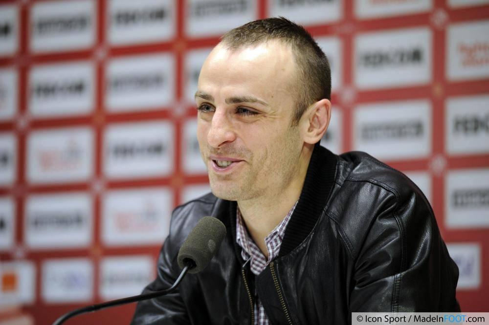 Berbatov s'est engagé avec le club de la Principauté
