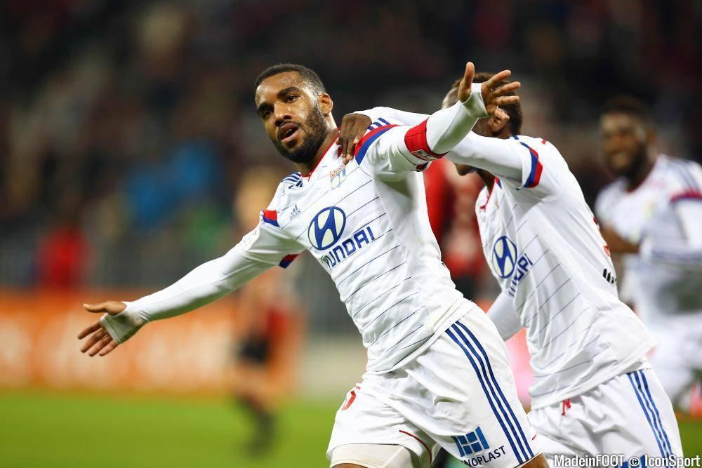 Lacazette a rejoint Gignac en tête du classement des meilleurs réalisateurs de la Ligue 1