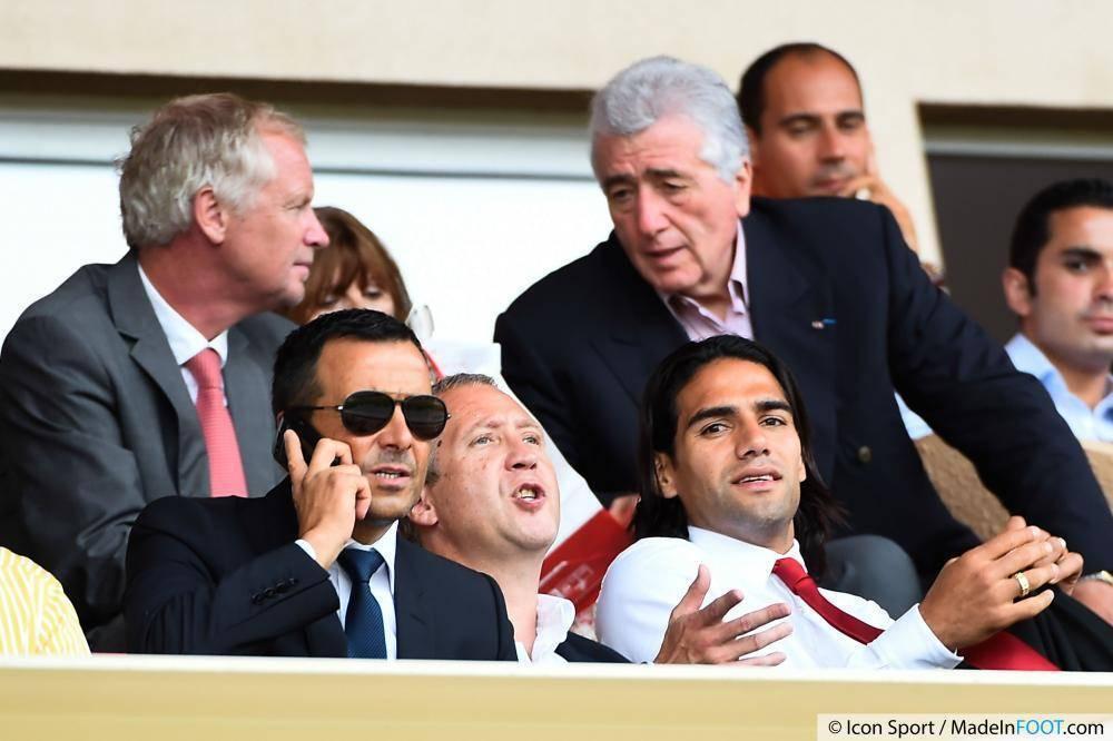 Radamel Falcao pourrait bel et bien rester à Manchester United grâce à Jorge Mendes.