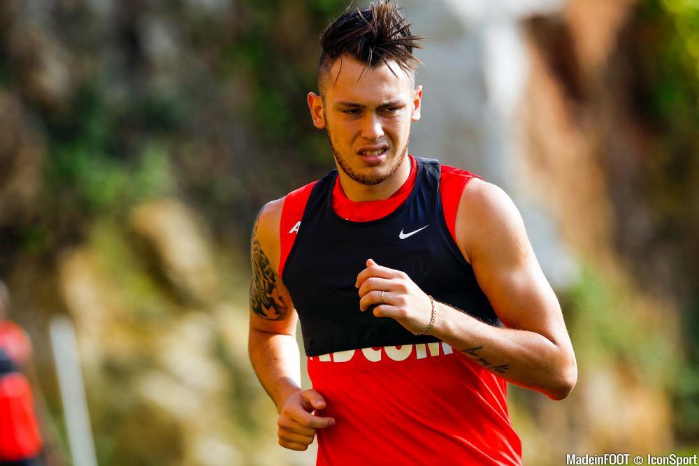 Lucas Ocampos avait commencé la préparation avec Monaco...