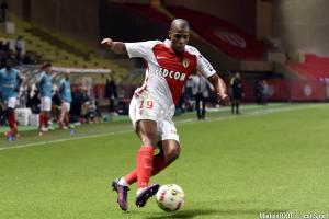 Djibril Sidibé est sur les tablettes du FC Barcelone