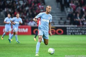 Fabinho aimerait signer au PSG cet été