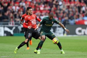Djibril Sidibé, le défenseur latéral polyvalent de l'AS Monaco.