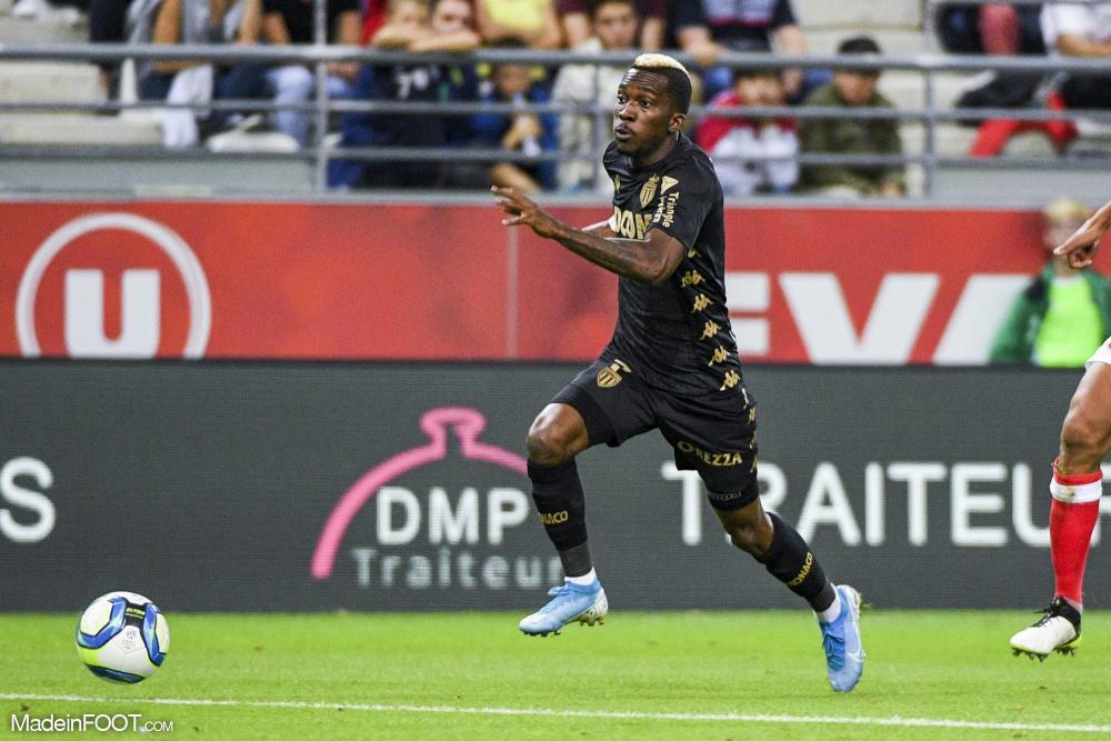 Onyekuru de retour à Galatasaray