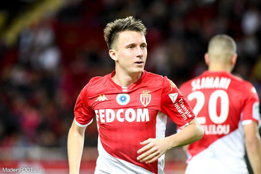 Aleksandr Golovin a prolongé à l'AS Monaco.