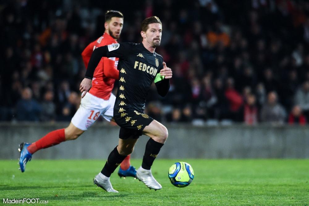 L'album photo du match entre le Nîmes Olympique et l'AS Monaco.